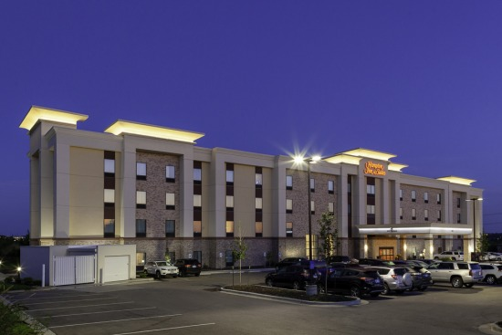 Hampton Inn Overland Park South